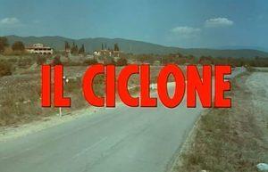 il ciclone scritta iniziale del film